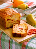 Tuna and bell pepper savoury cake