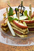 Cinamon french-toast and apple sandwich-brochettes