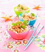 Salat mit Sojasprossen und Garnelen