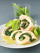 Rolled salmon fillets with spinach
