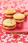 Vanilla-summer fruit jam Whoopies