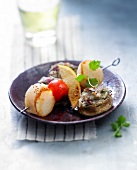 Scallop brochette with mushrooms stuffed with smoked duck magret
