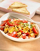 Tomato and carpet-shell clam salad