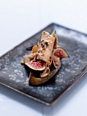 Foie gras and figs on toast