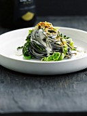 Squid ink spaghetti,Champagne sauce