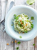 Rice noodles with pesto