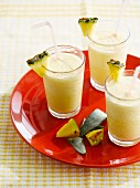 Milchshake nach Art einer Piña Colada