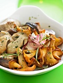 Pan-fried chanterelles and ceps with garlic and tarragon