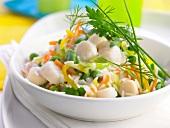 Reis mit Ackerbohnen, Paprika und Jakobsmuscheln