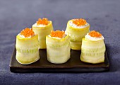 Yellow zucchini and salmon roe makis