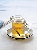 Apfel-Quitten-Gelee mit Vanilleschote