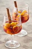 Cinnamon-flavored kumquats in red wine