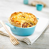 Small duck pie