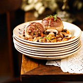 Wild boar Paupiettes with mushrooms