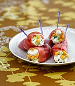 Ham rolls with ricotta and young vegetables