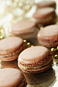 Caramellized apple macaroons