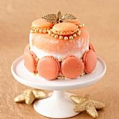 Meringue ice cream cake with macaroons