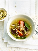 White and red bean broth