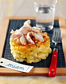 Macaronis ,cauliflower and turkey gratin