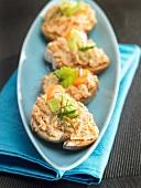 Salmon paté toasts