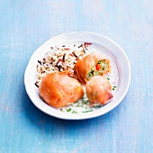 Smoked salmon and cod Paupiettes with rice