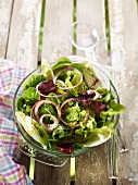 Mesclun,red onion and beetroot crisp salad