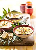 Caldo de galinha e milho,sweet corn and chicken soup
