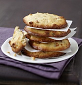 Fromage frais and raisin cookies