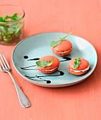 Tomato-ricotta savoury macaroons