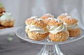 Vanilla-flavored cream puffs