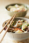 Udon noodles with smoked tuna and artichokes from Brittany
