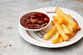 French fries with barbecue sauce