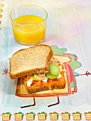 Brown bread vegetable sandwich