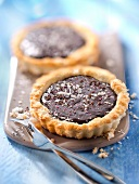 Small chocolate and coconut pies