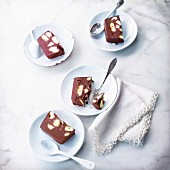Crispy chocolate pudding