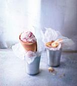 Mascarpone-strawberry ice cream cone