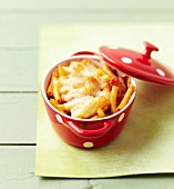 Small tomato macaroni gratin