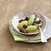 Broad bean puree with morels
