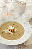 Cream of cep and walnut soup
