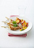 Grilled shrimp brochettes and pepper-mango salad