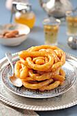 Zlabia (arabische Süssspeise für Ramadan)