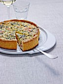 Salmon and zucchini Quiche