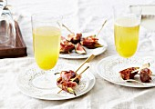 Fig,pear and raw ham brochettes,lemon cocktail