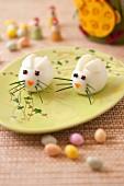 Mäuschen aus hartgekochtem Ei