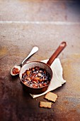 Fruit and Speculos ginger biscuit chutney