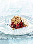 Almond Crumble with Red Fruits