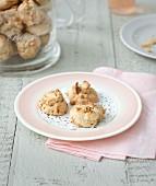 Hazelnut crunchies