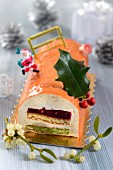 Christmas fruit log cake