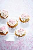 Mini muesli cupcakes