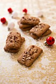 Leckerli-style almond gingerbread shortbreads